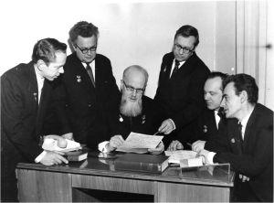 Б.И.Огородников, Н.Б.Борисов, И.В.Петрянов, В.И.Козлов, Б.Ф.Садовский, П.И.Басманов, (слева на право), 1966 год